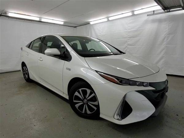 2017 Toyota Prius Prime JTDKARFP8H3023843