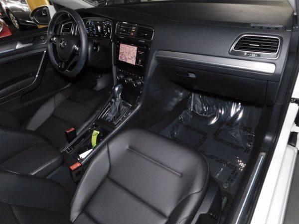 2019 Volkswagen e-Golf WVWPR7AU4KW909549