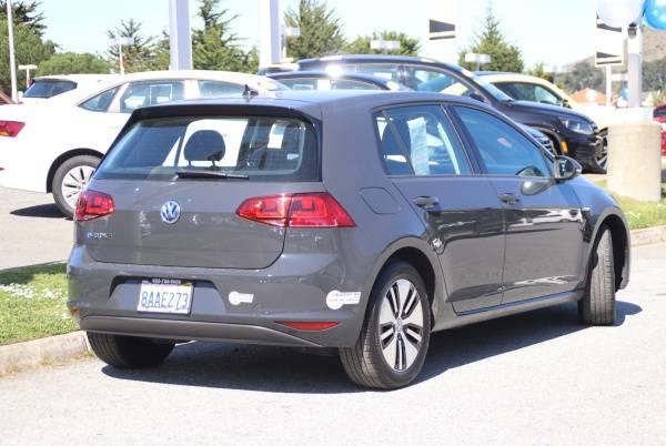 2016 Volkswagen e-Golf WVWKP7AU6GW916915