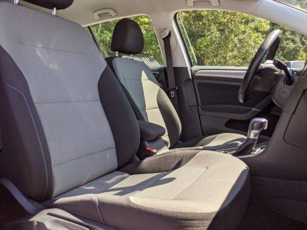 2016 Volkswagen e-Golf WVWKP7AU3GW911672