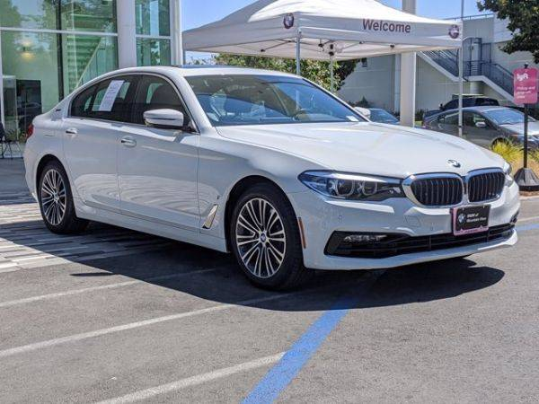 2018 BMW 5 Series WBAJA9C58JB032758