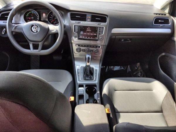 2016 Volkswagen e-Golf WVWKP7AU5GW912659