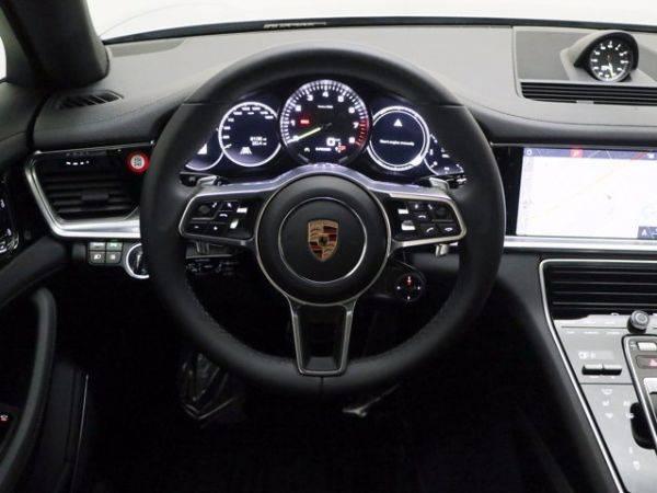 2019 Porsche Panamera WP0AE2A76KL125728