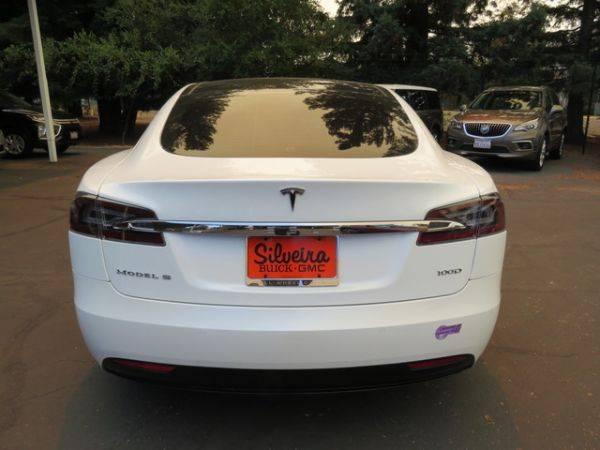 2018 Tesla Model S 5YJSA1E21JF289723