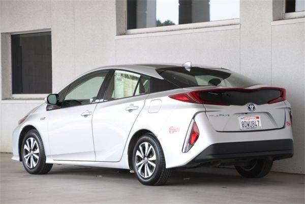 2017 Toyota Prius Prime JTDKARFP4H3064812