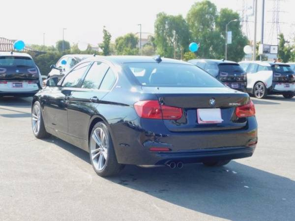 2018 BMW 3 Series WBA8E1C58JA178281