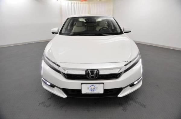 2018 Honda Clarity JHMZC5F1XJC013400