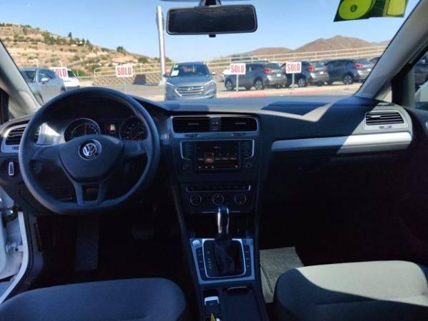 2016 Volkswagen e-Golf WVWKP7AU1GW906793