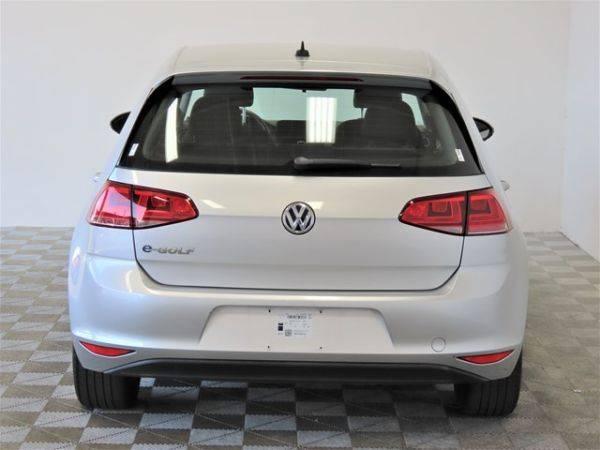 2016 Volkswagen e-Golf WVWKP7AU7GW912582
