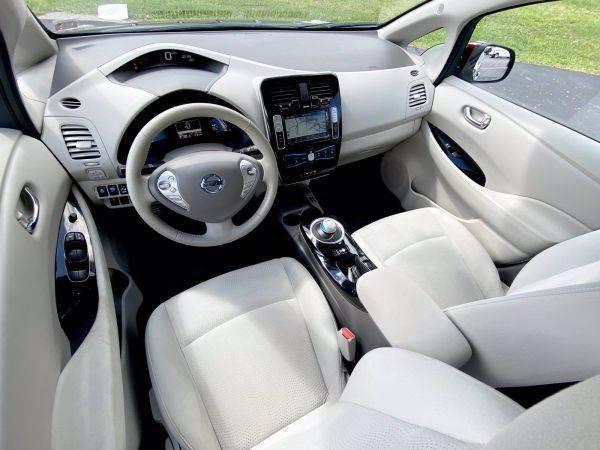 2017 Nissan LEAF 1N4BZ0CP4HC308361