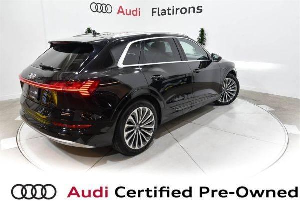 2019 Audi e-tron WA1VAAGE0KB008451