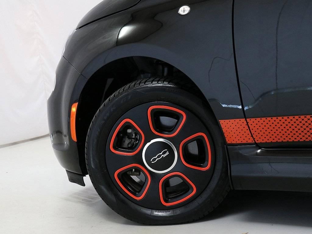 2017 Fiat 500e 3C3CFFGE3HT682410