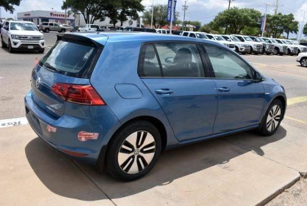 2016 Volkswagen e-Golf WVWKP7AUXGW916805