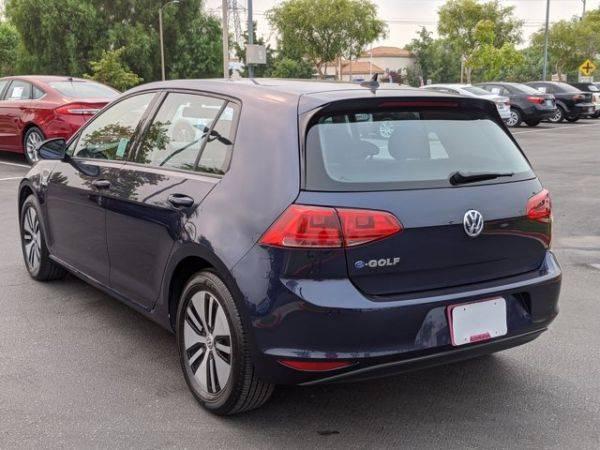 2016 Volkswagen e-Golf WVWKP7AU3GW916113