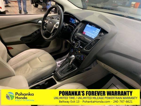 2016 Ford Focus 1FADP3R41GL315490