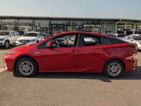 2018 Toyota Prius Prime JTDKARFPXJ3079871