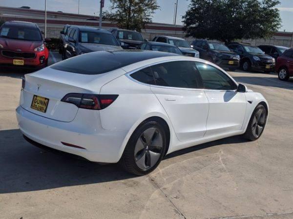 2018 Tesla Model 3 5YJ3E1EB5JF094796