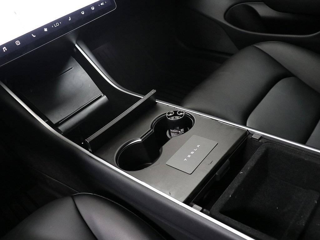 2019 Tesla Model 3 5YJ3E1EB4KF386053