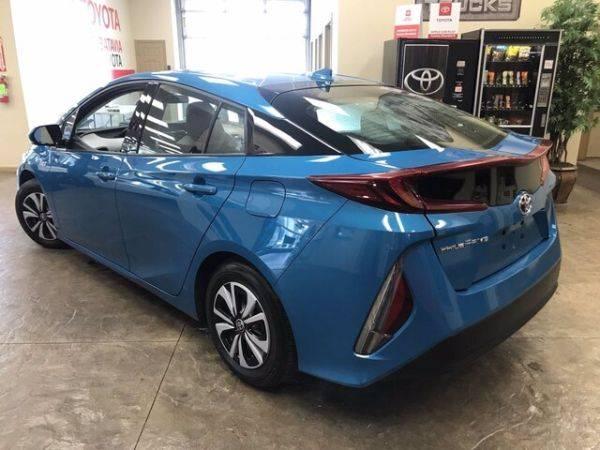 2018 Toyota Prius Prime JTDKARFP7J3088222