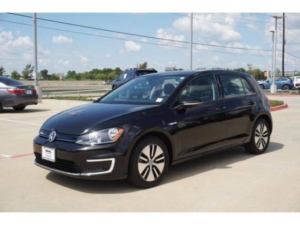 2016 Volkswagen e-Golf WVWKP7AU0GW915887