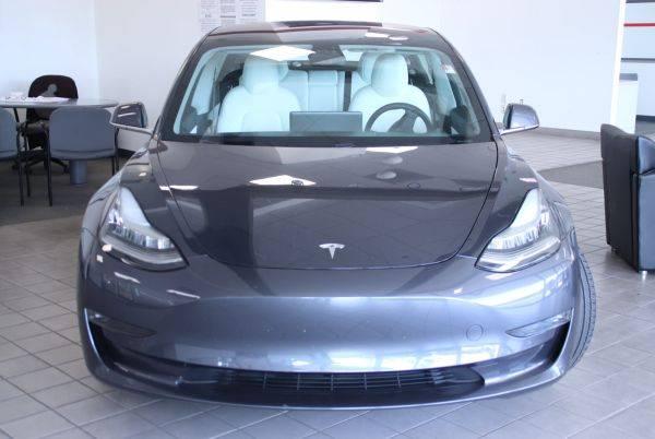 2018 Tesla Model 3 5YJ3E1EB4JF183971