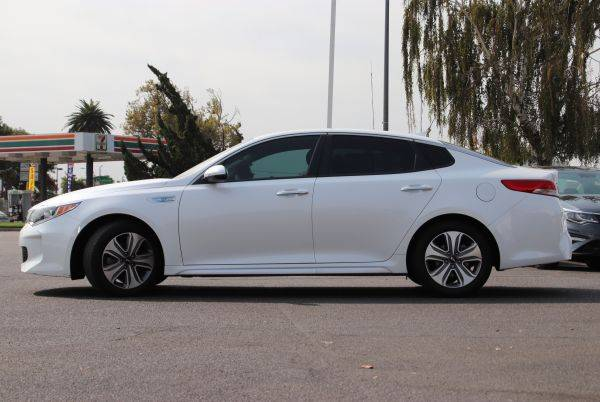 2017 Kia Optima KNAGU4LE3H5012690