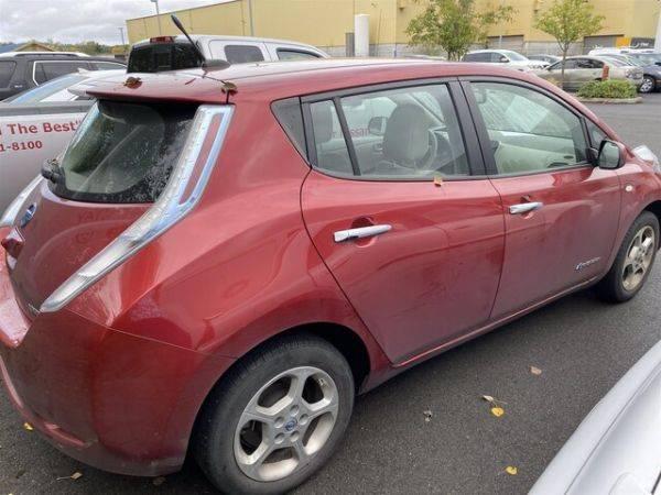 2011 Nissan LEAF JN1AZ0CP1BT000225