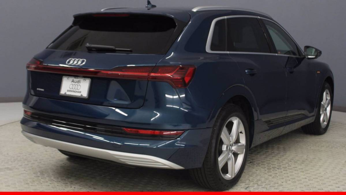2019 Audi e-tron WA1VABGEXKB011783