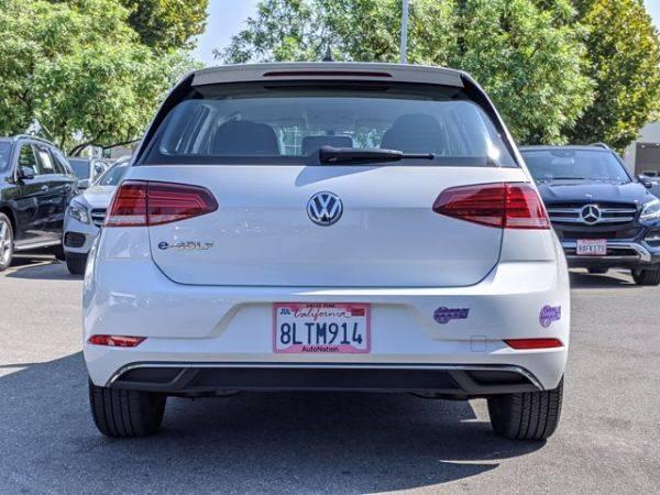 2019 Volkswagen e-Golf WVWKR7AU6KW910616
