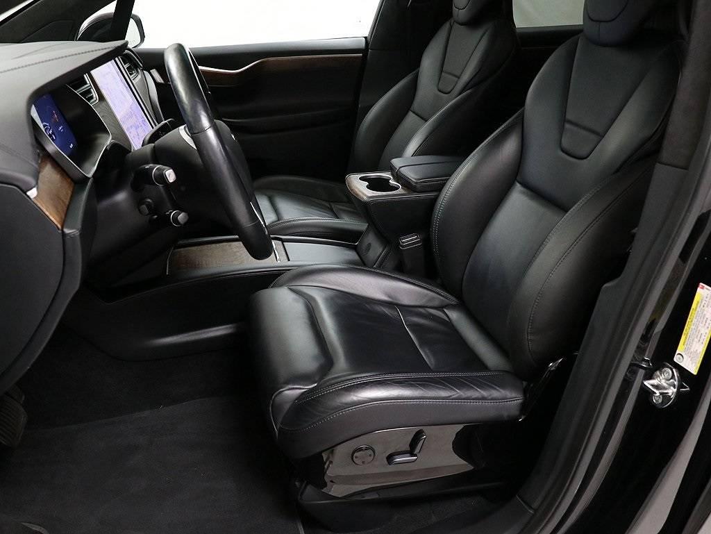 2017 Tesla Model X 5YJXCDE20HF039644