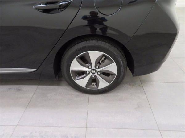 2017 Hyundai IONIQ KMHC75LH5HU017349