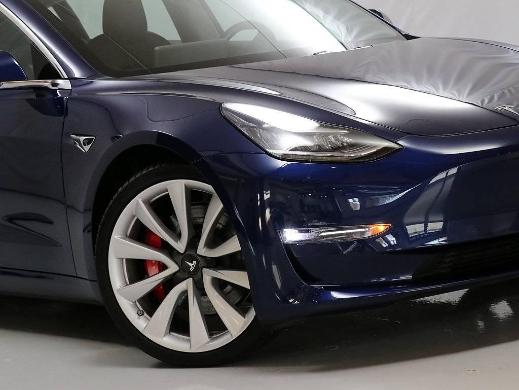 2018 Tesla Model 3 5YJ3E1EB0JF083916