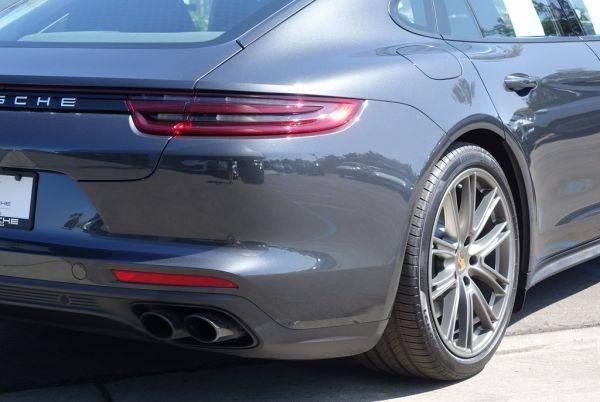 2020 Porsche Panamera WP0AE2A76LL130445