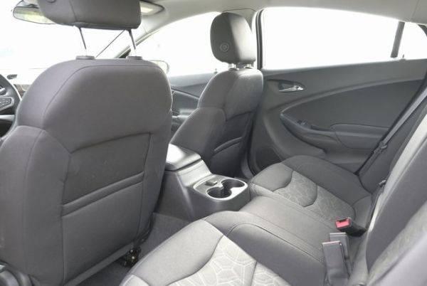 2017 Chevrolet VOLT 1G1RC6S55HU203814