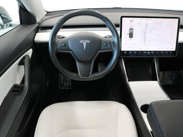 2019 Tesla Model 3 5YJ3E1EA4KF301591