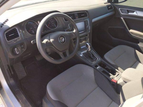 2016 Volkswagen e-Golf WVWKP7AU9GW913233