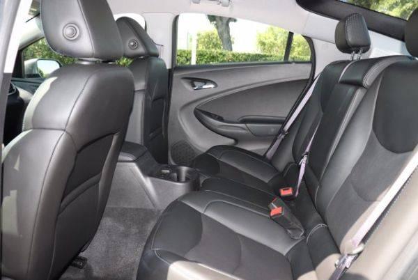 2017 Chevrolet VOLT 1G1RD6S5XHU161556