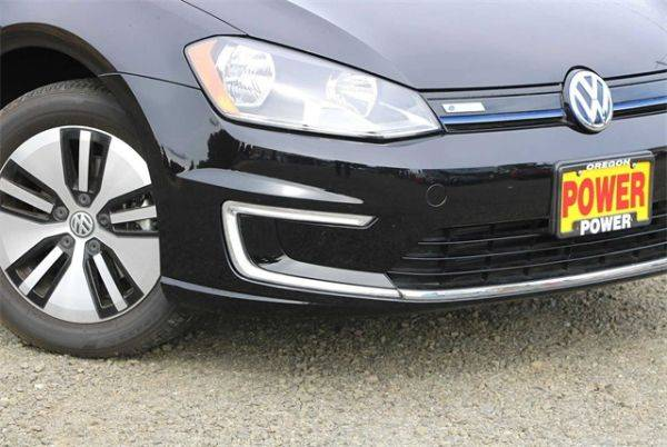 2016 Volkswagen e-Golf WVWKP7AU7GW915479