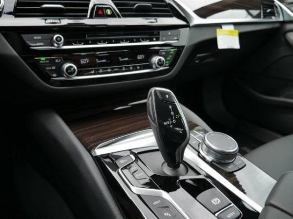 2019 BMW 5 Series WBAJA9C51KB254222
