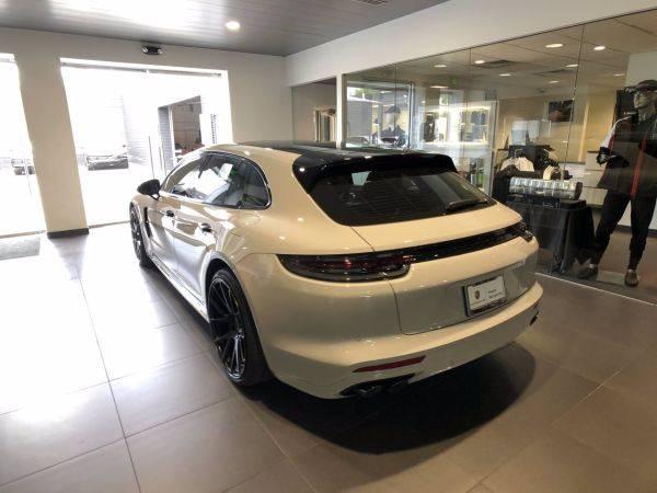 2019 Porsche Panamera WP0CH2A76KL196136