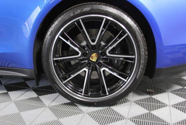 2019 Porsche Panamera WP0AE2A75KL123520
