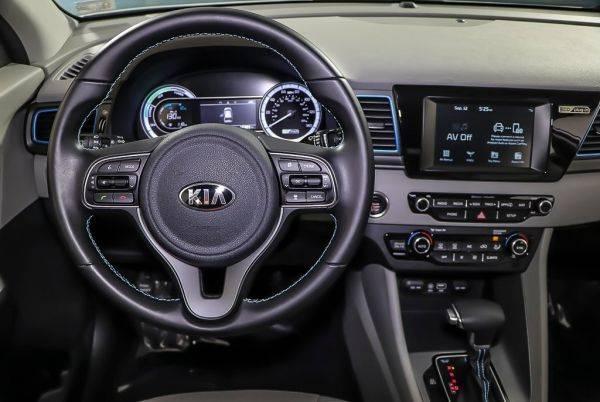 2018 Kia Niro KNDCM3LD3J5205589