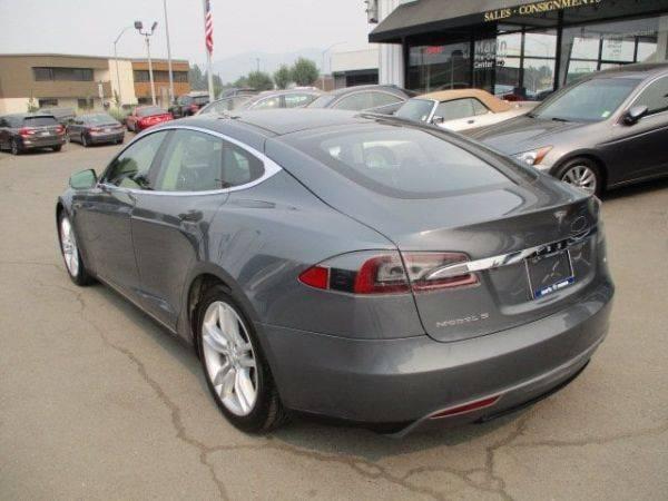 2012 Tesla Model S 5YJSA1CNXCFP03209