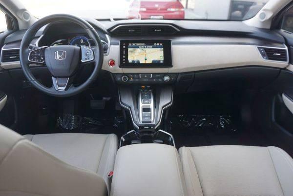 2018 Honda Clarity JHMZC5F30JC010135