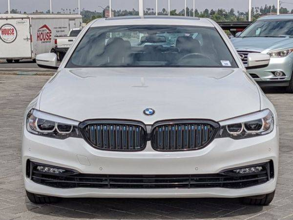 2018 BMW 5 Series WBAJA9C58JB033070