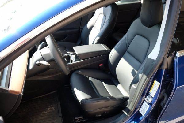 2020 Tesla Model 3 5YJ3E1EA3LF631028