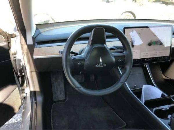2018 Tesla Model 3 5YJ3E1EA9JF012897