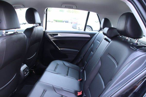 2016 Volkswagen e-Golf WVWPP7AU4GW912013