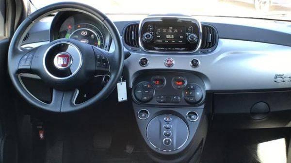 2017 Fiat 500e 3C3CFFGE3HT634373