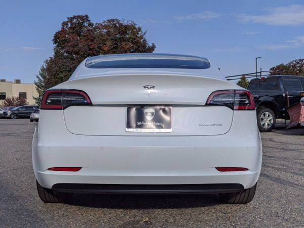 2018 Tesla Model 3 5YJ3E1EB1JF101226
